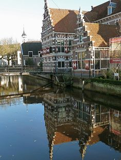 Old city of Amersfoort, The Netherlands Leiden, The Places Youll Go, Places To See, Holland Netherlands, Voyage Europe, Utrecht, Architecture, Dutch, Beautiful Places