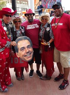 Tide keeps rolling into Dallas, and Alabama fans can't get enough
