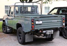 2009 Defender 110 pickup