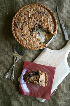 Flaky Chocolate Chip Kentucky Derby Pie - You haven't lived until you've had KD pie. Easy recipe for something so yummy. #derbypie