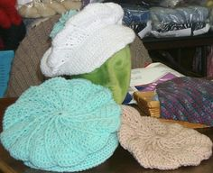 crocheted cap/beret with newsboy look