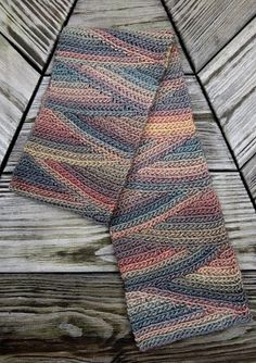Pattern by Vashti Braha, available on Ravelry