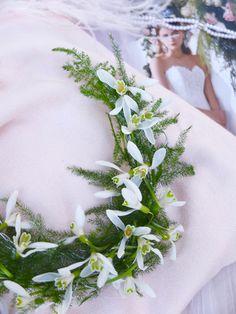 Blomstersmykke med snøklokker