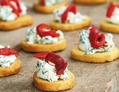 Strawberry-Basil Bruschetta with Fresh Ricotta. I dare you to try and eat just one! Appetizer Recipes, Appetizers, Party Snacks, Mini Cakes, Food Design, Bruschetta, Finger Foods, Food To Make, Catering