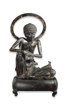 Photo of Gilt and lacquered bronze statue of Shaka