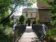 Hier kann man heiraten, wie im Märchen... Erfahrt mehr über Burg Bubenheim auf YOUEVENTME.