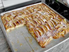 Kalorienarmer Apfelkuchen (Weight Watcher) - Food and drink - Kalorienarme Rezepte Ww Recipes, Apple Recipes, Sweet Recipes, Baking Recipes, Dessert Recipes, Healthy Baking, Healthy Desserts, Delicious Desserts, Yummy Food