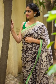 Semi crepe saree with B/W kalamkari print & green zari and gold crochet border  #saree #blouse #houseofblouse #indian #bollywood #style #black #white #kalamkari #semicrepe #green #border #zari