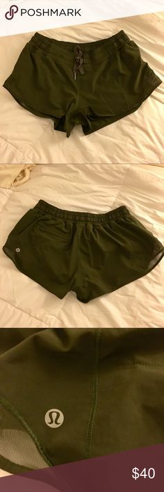 """lululemon old hotty hot shorts *2.5"""" selling an older model of lululemon hotty hot shorts *2.5"""", Size 6 in olive green!  Has zippered pocket in the back, drawstring in the front, in great condition, no flaws, and very comfortable!  Only looking to sell 🚫 NO TRADES 🚫 i do 🅿️🅿️ also! lululemon athletica Shorts"""