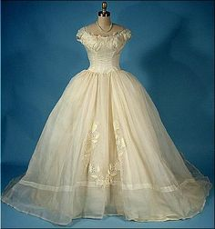 Wedding Dress Priscilla of Boston, 1950s Antique Dress