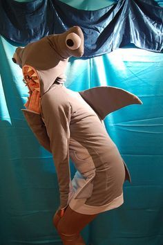Hammer head shark costume (change it a bit for Case? & shark#costume#diy | Shark costume | Pinterest | Shark Costumes and ...
