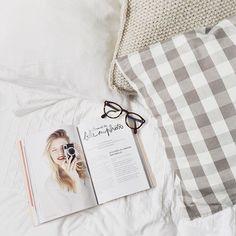 Eyeyou #edieetwatson #fashion #glasses #design #frenchstyle @lialine_ • Photos et vidéos Instagram