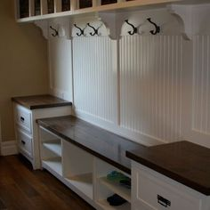 Traditional Laundry Room Design, Pictures, Remodel, Decor and Ideas - page 3