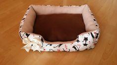 Peliešok pre mačky, mäkkučký, stredový vankúšik sa dá vybrať. Rozmery 55x40cm.
