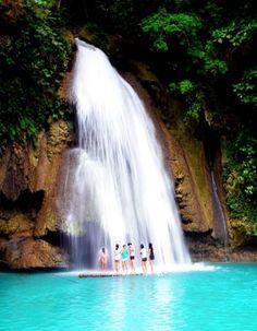 カワサン滝に打たれる! セブ島旅行のおすすめ見所・観光アイデアまとめ。