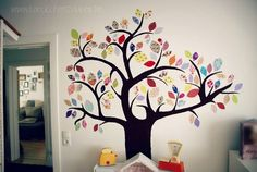 Hottest Free of Charge Motley tree made of scraps of fabric Concepts Got kids ? Then you know that their material winds up practically all over the home! Baby Zimmer, Wall Decor, Room Decor, Colorful Trees, Textiles, Shabby Vintage, Kids Decor, Decor Ideas, Fabric Scraps