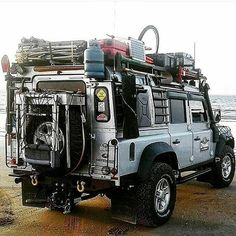 This rig incorporates power by solar, gasoline, pedal, and propane. Think about alternative fuel resources when powering your bugout vehicle, it's equipment, and other essentials. Get our bugout vehicle checklist at link in bio. PC @bilalbilobouz ・・・ #landrover #landroverlove #landroverlife #landrovers #landroverseries #landrovergirls #landroverdiscovery4 #landroveroffroad #hummerclub #offroad #rangerover #cars #defenderlove #outdoorlifestyle #rangeroverworld #rangeroversociety #offroaders…
