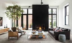 Discover House & Home design editors' best decorating advice for kitchens, bathrooms, living rooms, bedrooms, basements and more. Cozy Living Rooms, Home Living Room, Living Room Designs, Living Room Decor, Living Spaces, Living Area, Interior Design Blogs, Deco Design, Design Moderne