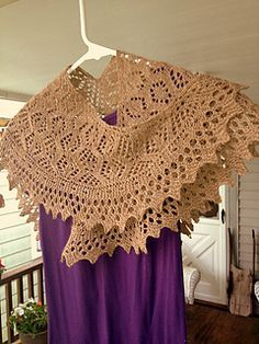 Ravelry: Lovely Bessie pattern by Priscilla White-Tocker knitting patterns collection Lace Knitting, Knitting Stitches, Knitting Patterns Free, Crochet Lace, Crochet Patterns, Free Pattern, Crochet Shawls And Wraps, Knitted Shawls, Crochet Scarves