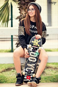 sweater jumper skateboard streetwear