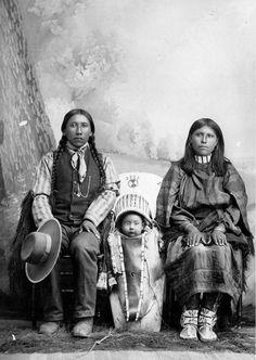 Studio portrait of unidentified Native American (Ute) family - Kohlberg & Hopkins - 1880/1900