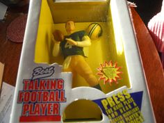NEW NEW IN BOX TALKING BRETT FARVE-GREEN BAY PACKERS FIGURINE-