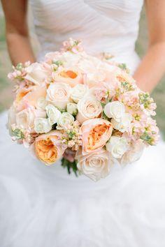 Wedding Wednesday : 10 Beautiful Peach Wedding Bouquets - Part 1   Flowerona