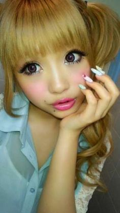 Natsuko is always my inspiration for makeup, going overboard is always better.