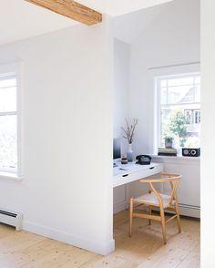 Office nook? ✔️ Design: @carscaddenarch. : @emaphotographi.