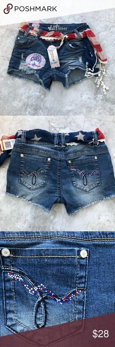 Women's Shorts Women's Shorts Wallflower  Size 3  Denim shorts with Americana theme Wallflower Shorts Jean Shorts
