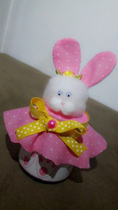 Recordatorio Primer Diente Biscuit, Minnie Mouse, Rabbit, Zara, Party Ideas, Easter, Baby Shower, Disney Characters, Crafts