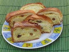 Cozonac cu branza dulce French Toast, Sweets, Bread, Breakfast, Food, Diana, Morning Coffee, Gummi Candy, Candy