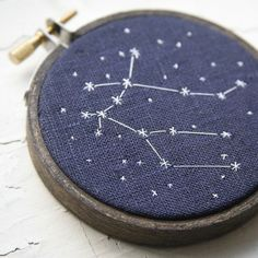 Zodiac Constellations - 42 Craft Project Ideas That are Easy to Make and Sell - Big DIY IDeas Cross Stitching, Cross Stitch Embroidery, Embroidery Patterns, Hand Embroidery, Embroidery Hoops, Zodiac Constellations, Crafty Craft, Baby Gifts, Needlework