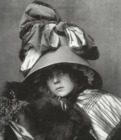 * Chapeau Belle Époque - photo Madame d'Ora (Dora Kallmus)