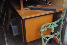 Eddie / Police Desk (to go with green leather swivel chair)