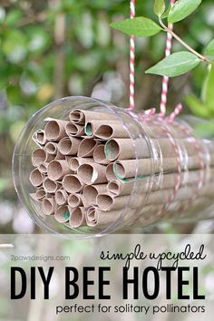 DIY Bee Hotel Tutorial is part of Bee hotel - Help give solitary pollinators a spot to rest and take shelter with this simple upcycled DIY bee hotel HonestSustainabiliTEA RefreshinglyHonest ad Paper Grocery Bags, Bug Hotel, Mason Bees, Bee House, Bee Friendly, Save The Bees, Earth Day, Bee Keeping, Simple Diy
