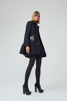 Dice Kayek Pre-Fall 2018 Collection - Vogue