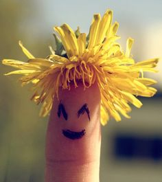smiling hair by isabelle Funny Fingers, Finger Fun, Hybrid Art, Best Photo Poses, Humor Grafico, Finger Painting, Hand Art, Beautiful Mind, Love Wallpaper