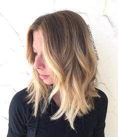 """#hairpainting #balayage #balayageombre #ombre #ombrehair #colormelt #colorist #hairstylist #modernsalon #americansalon #btcpics #hairbrained…"""