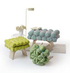 Stühle sind neben dem Bett wohl die wichtigsten Einrichtungsgegenstände einer Wohnung. Der Stuhl ist aber viel mehr, als nur ein schnöder Gebrauchsgegenstand, sondern muss neben Komfort auch eine ansehnliches Design erfüllen. Um euch heute mal mal frischen Input zu geben, zeigen wir euch Sitzmöglichkeiten kleinerer Designer, die wir besonders innovativ finden.