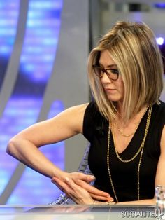 You Know You Need To Know About Jennifer Aniston's Bob | 9 | Socialite Life