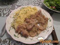 Svinjsko meso u sosu sa šampinjonima, senfom
