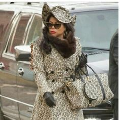 #CookieLyons rocking #LeSnob from head to toe on empire's season finale!