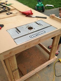 89 best router table images on pinterest tools router table and building a nice workbench is important many have come up with their own approaches greentooth Choice Image