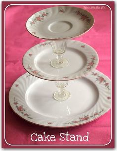 make cake stand. dinner plate, bread plate, tea cup saucer! glasses in the middle. Great idea