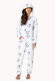 Forever 21 is the authority on fashion & the go-to retailer for the latest trends, styles & the hottest deals. Cute Pjs, Cute Pajamas, Pajamas Women, Cute Comfy Outfits, Cute Summer Outfits, Pj Onesies, Pijamas Onesie, New Fashion, Fashion Outfits