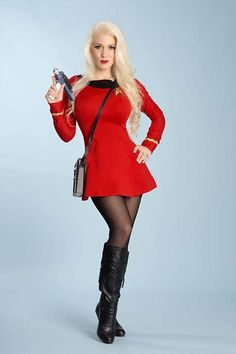 Check out the hottest Trek Cosplays! Sexy Outfits, Cosplay Outfits, Cosplay Girls, Cosplay Costumes, Star Trek Kostüm, Star Trek Crew, Star Trek Cosplay, Star Trek Images, Star Trek Characters