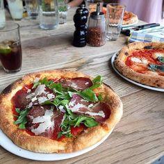 Sunday night is pizza time! Pizza East @pizzaeast by @pastalavista_baby #toplondonrestaurants #topcitybites #pizza by top_london_restaurants
