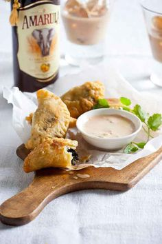 Mushroom and Amarula Empanadas with Smoky Jalapeno Mayo – Try this savoury South American pastry with an Amarula twist next time you serve hors d'oeurves. Follow the recipe here - www.amarula.com/entertain#amarula-recipes Empanadas, Cream Liqueur, South African Recipes, Hors D'oeuvres, Wine And Spirits, Savoury Dishes, Tex Mex, Mayonnaise, Wine Recipes