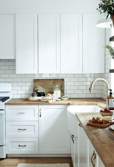 my scandinavian home: A Dated Home Becomes a Fresh, Modern Farmhouse